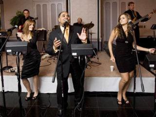 Muzyka na wesele - wybiermy pomiędzy orkiestrą a didżejem na wesele