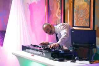 DJ Robert Koss